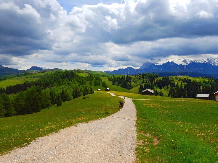 Summer in Dolomites: excursions in Alta Badia
