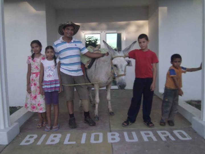 Cortesía: Fundación Biblioburro, Santa Marta, Magdalena (Colombia).