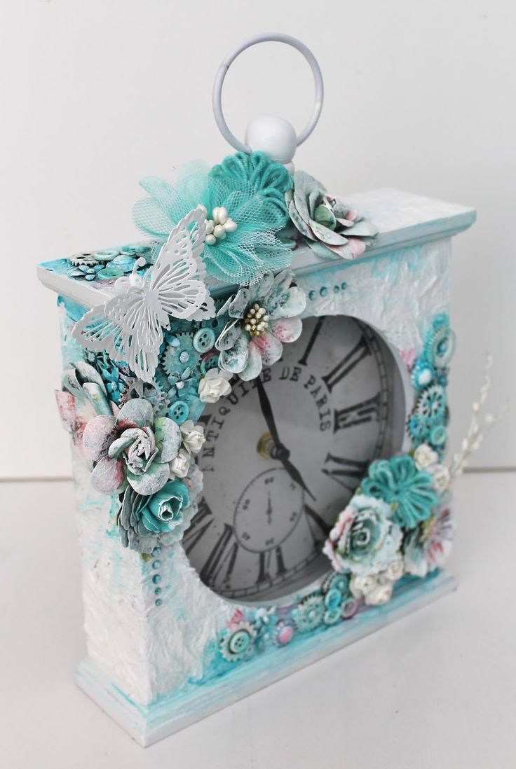 Ingrid's place: altered clock *13 arts*