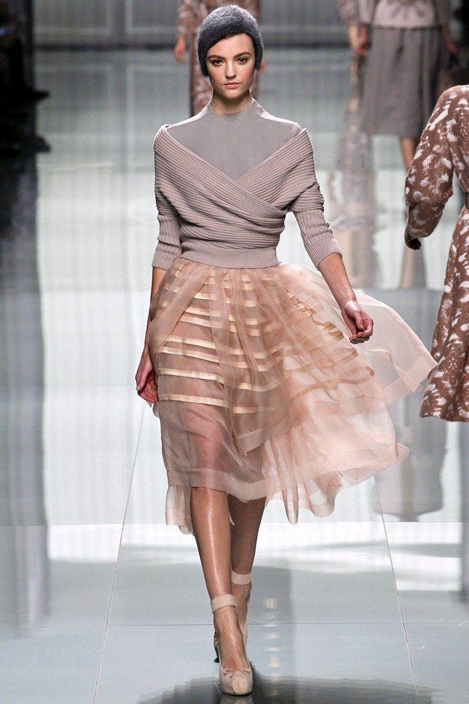 Christian Dior Fall 2012 Ready-to-Wear Fashion Show - Montana Cox