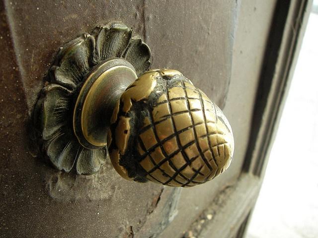 324 best Gotta handle on it images on Pinterest | Lever door handles ...