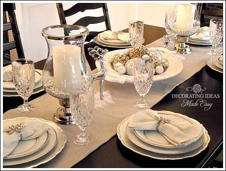 Table runner instead of a full cloth and adding a few for Christmas lunch table setting ideas