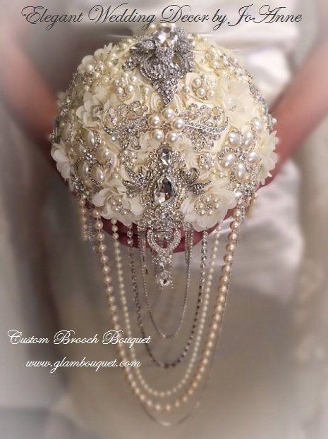 GLAM BROOCH BOUQUET Custom Brooch Bouquet by Elegantweddingdecor