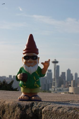 Gnome In Garden: 17 Best Images About Gnomes Lol On Pinterest