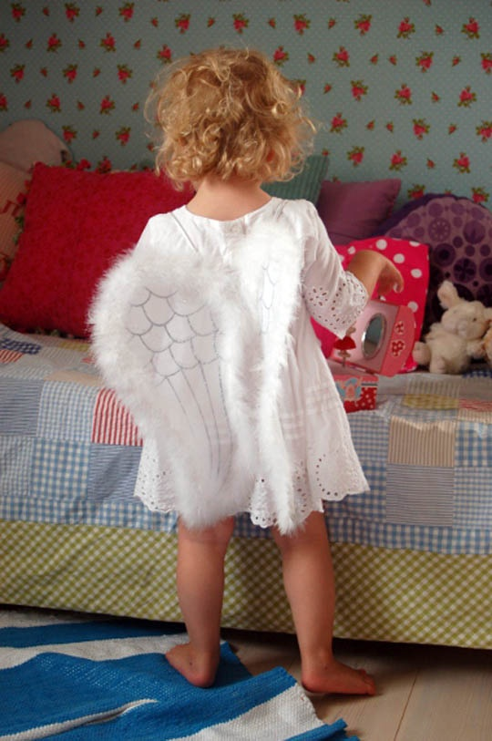 sweet: Angel, Personalized Touch, Rooms Tours, Emma Shared, Rooms Size, Shared Rooms, Little Girls Rooms, Entir Rooms, Kids Rooms