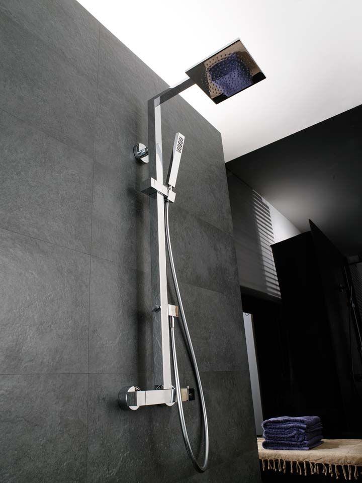 Exquisita sencillez, funcionalidad contrastada e innovación son las claves del éxito de las columnas de ducha de Systempool.