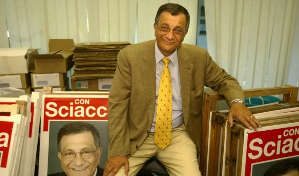 Concetto Antonio Sciacca AO (13 June 1947 – 21 June 2017) was an Australian politician of the Australian Labor Party and member of the Australian House of Representatives from July 1987 to March 1996 and again from October 1998 to October 2004, representing the Division of Bowman, Queensland. He died from CANCER June 21 2017 at the age of 70.