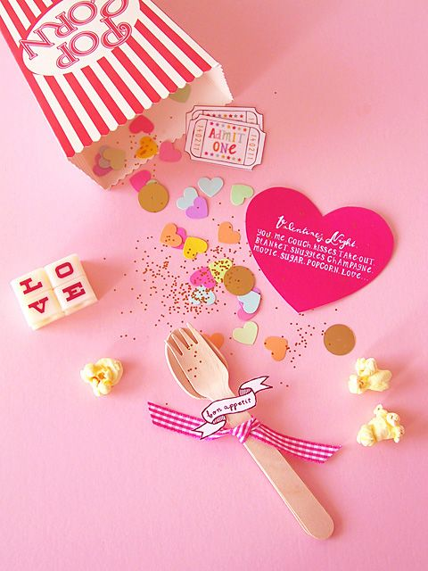 Love this DIY invitation for a Movie night at home from Eat Drink Chic. It's doable!