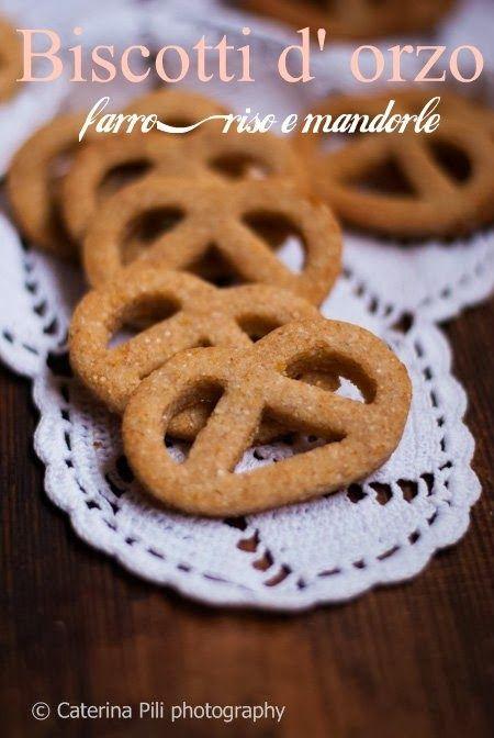 biscotti light friabili con orzo,farro,riso e mandorle dolcificati con fruttosio e senza burro