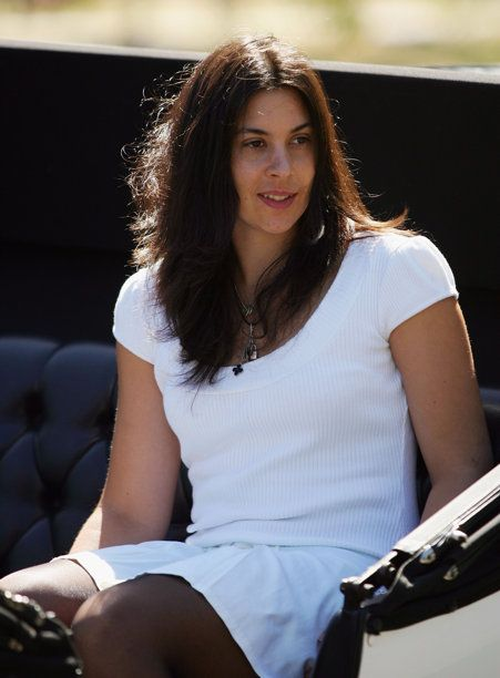 Wimbledon champion Marion Bartoli shocks the tennis world with her retirement announcement   Busted Racquet - Yahoo! Sports