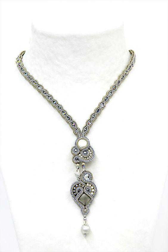 necklaces : Gothika: