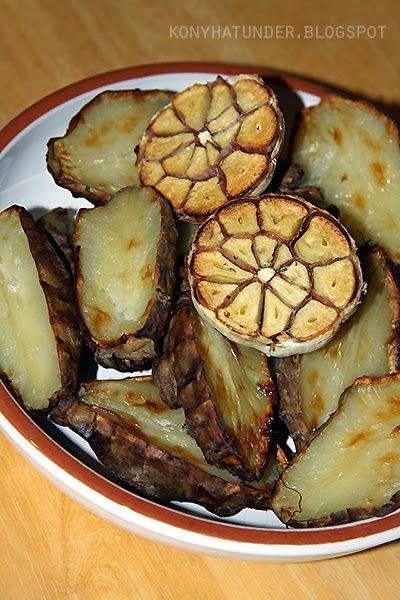 Csicsóka fokhagymával sütve … roasted_Jerusalem_artichoke