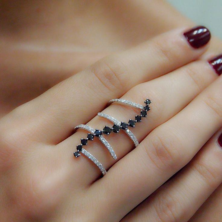 """Kurvy"" Zig Zag Black & White Diamond Multi Band Ring - Plukka - Shop Fine Jewelry Online"