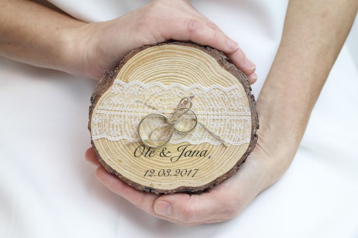 Ringkissen - Ringkissen - vintage - shabby chic - Holz - ein Designerstück von ManufakturLiebevoll bei DaWanda