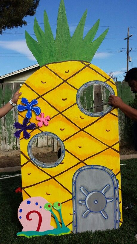 Spongebob Pine Apple under the sea for my nephews 5th birthday. It came out great. Diy birthday decoration/prop