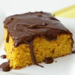 Braziliaanse worteltaart met chocoladeglazuur @ allrecipes.nl