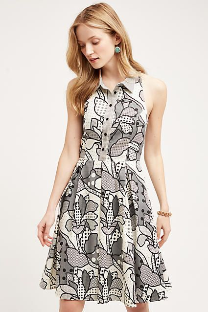 Really like the mix of floral and polka dot patterns on this dress. I like how it's like a shirt dress.