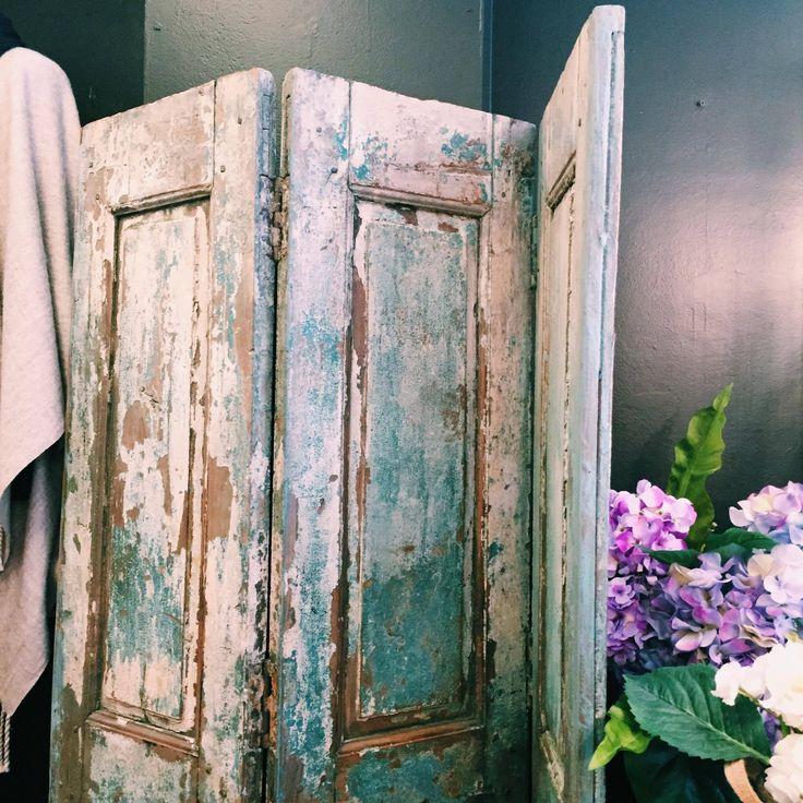 IG: @rustavalon Beautiful turquoise three panel screen/room divider. #rustichome #wellworninteriors #interiordesign #furniture #roomdivider #interiors #rustichome #rust