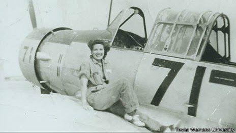 La Caja de Pandora: Abuelas aviadoras, pioneras de los derechos de las...