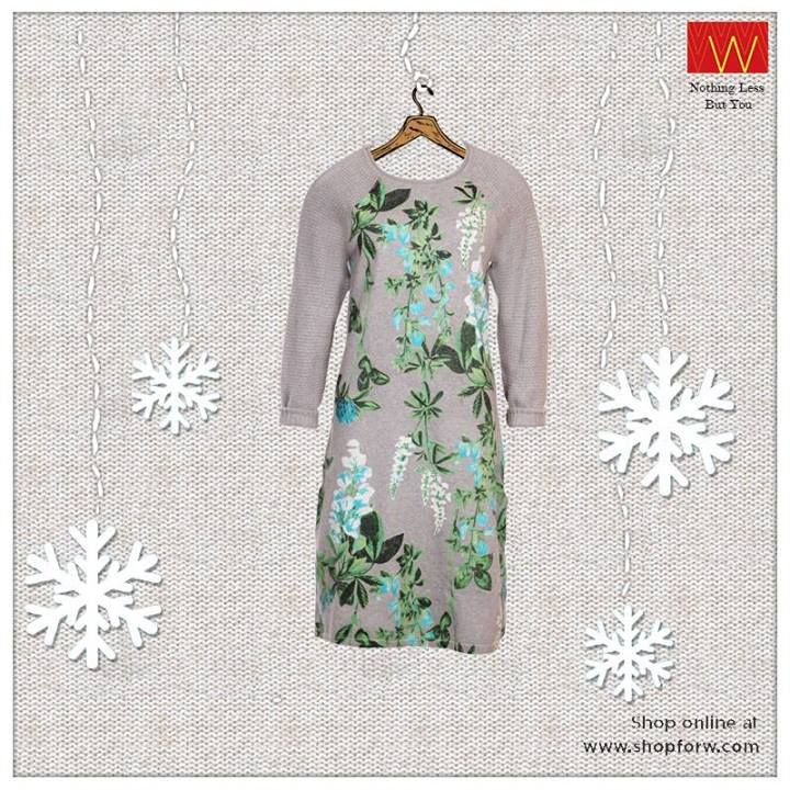 A piece of quiet #white contrived with gentle #green that makes it a #musthave in your wardrobe. #Wcollection Buy here: http://shopforw.com/categoryProducts.php?catID=161&maincatName=Wishful&smallCat=Kurta