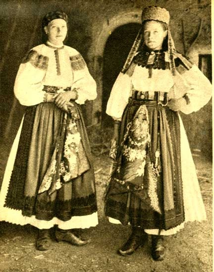 Hungarian traditional costume: from the area of Torocko in Transylvania