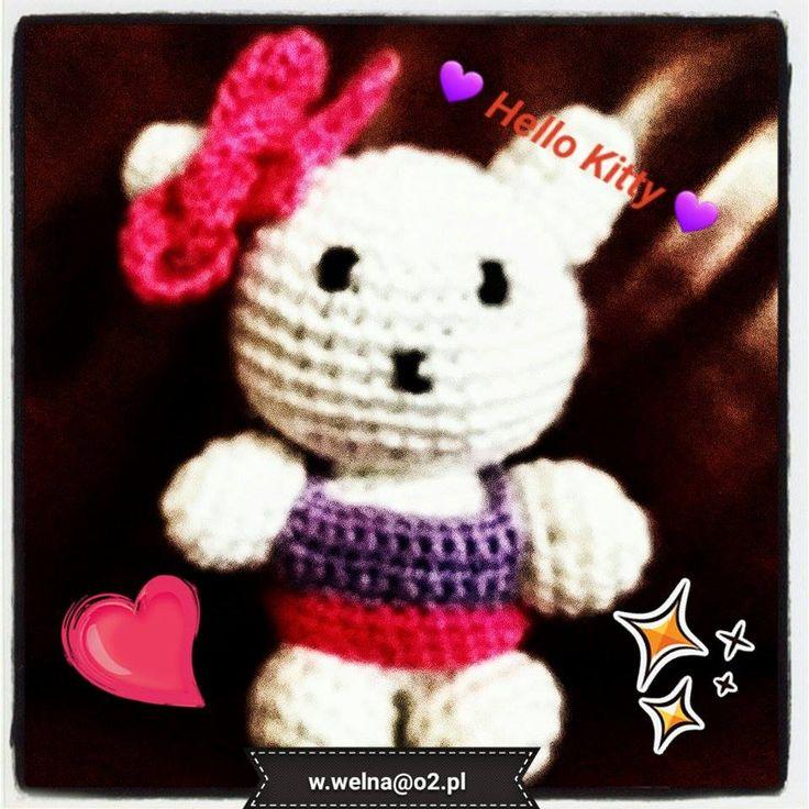 Hello Kitty kiedyś wydziergana ;) Ideał to może nie jest ale moim pociechom się podoba ;)  w.welna@o2.pl http://welna.blog.onet.pl  #HelloKitty #toys #handmade