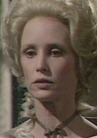 Jill Townsend as Elizabeth.