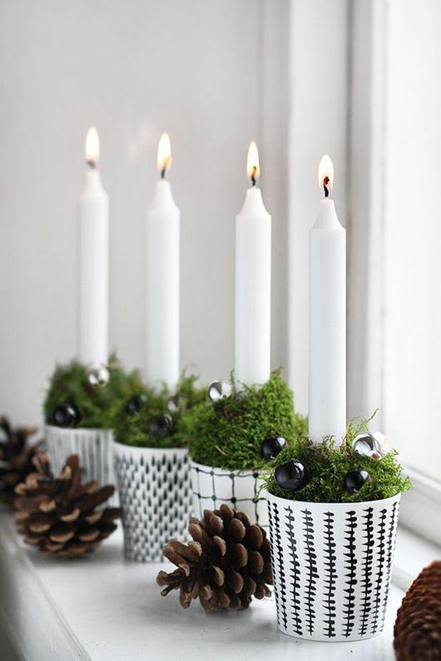 Copinhos, um pouquinho de musgo e algumas velas: receita para uma decoração linda e elegante