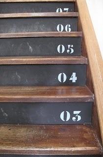 17 meilleures id es propos de contre marche sur pinterest deco escalier renovation escalier. Black Bedroom Furniture Sets. Home Design Ideas