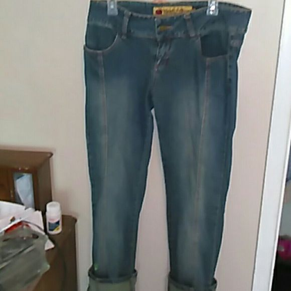 Apple Bottom Jeans good shape worn once. Very Clean and cute
