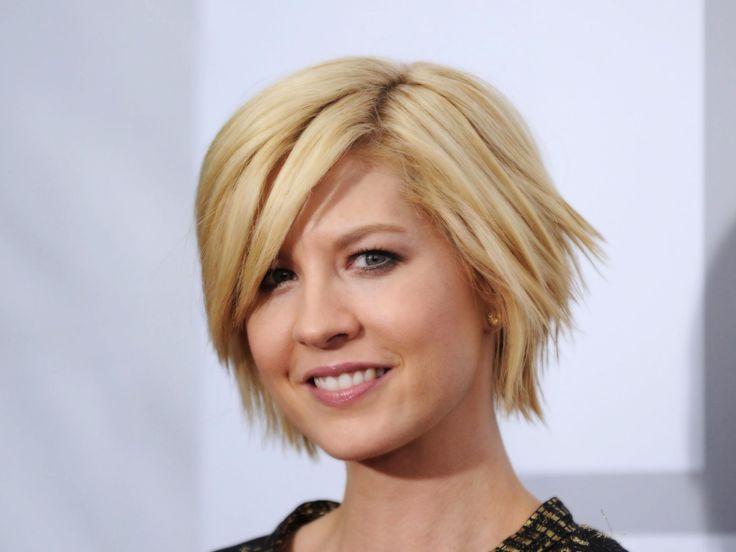 Jenna Elfman Is A Television And Movie Actress Who Has