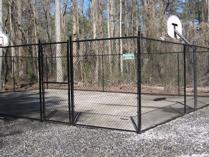 Are you in the market for a chain link fence? If so, then check out our gallery! http://www.fenceworksofga.com/chain-link-fence/
