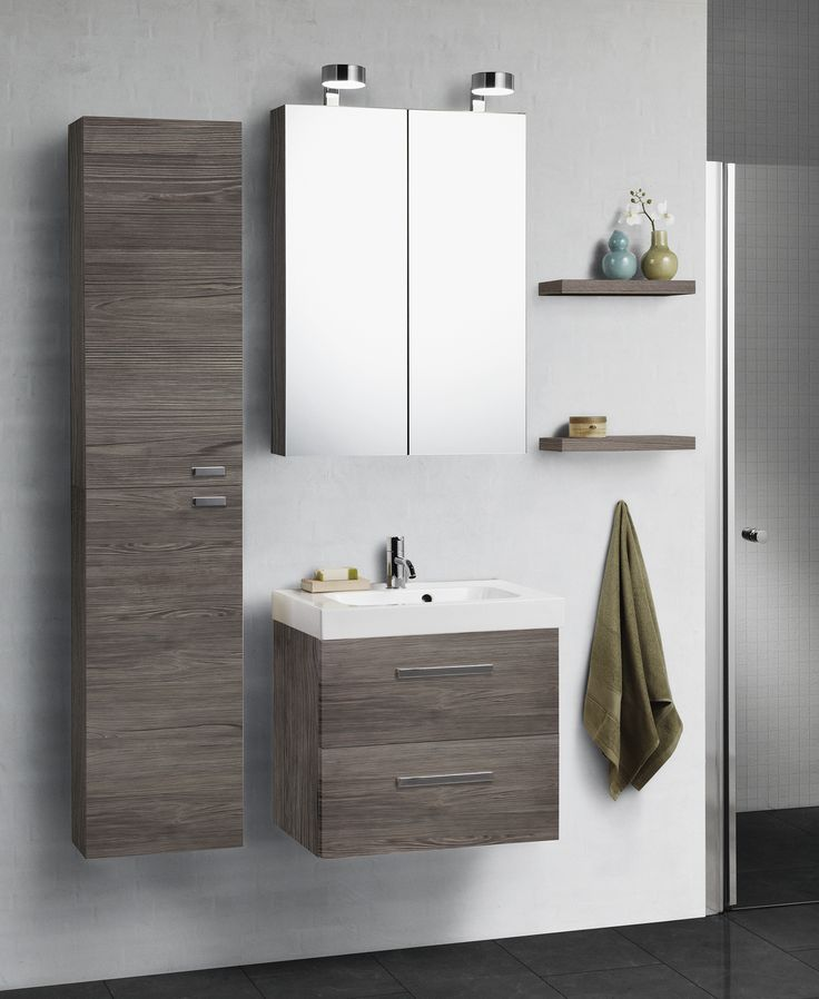 The Mini Menuet washbasin fits perfectly into small bathrooms. Choose a mirror cabinet with lots of room for storage.