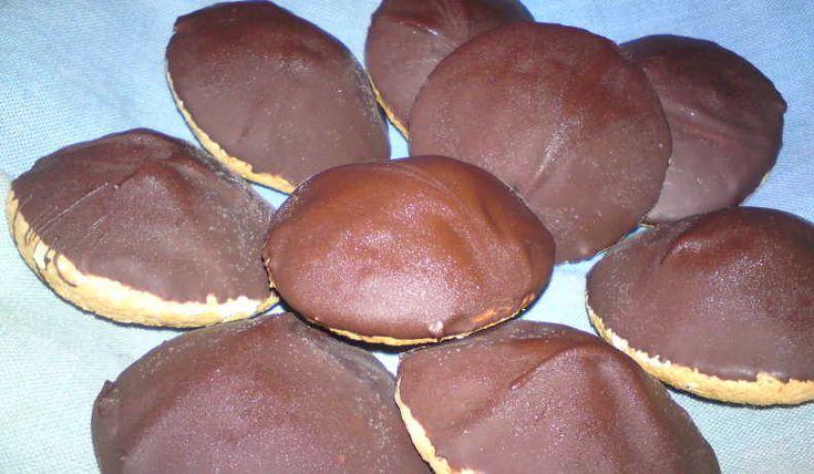 Goda biskvier med smak av päron, jag använde päron likör i och det blev super gott. Man känner ingen smak av alkoholen.