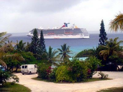 P&O cruise top snorkel stop in Lifou