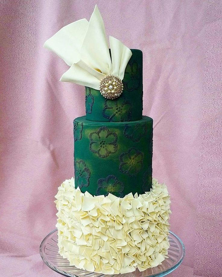 wedding cakes in lagunbeach ca%0A Emerald Green and White wedding cake by James Anton Uy on satinice com