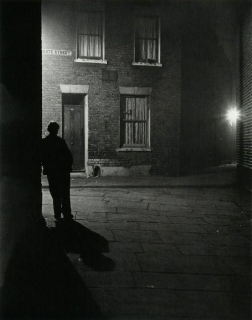 Bill Brandt - London, 1937