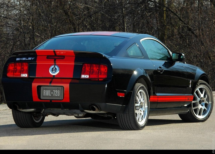 2007 Ford Mustang Shelby GT500 Red Stripe
