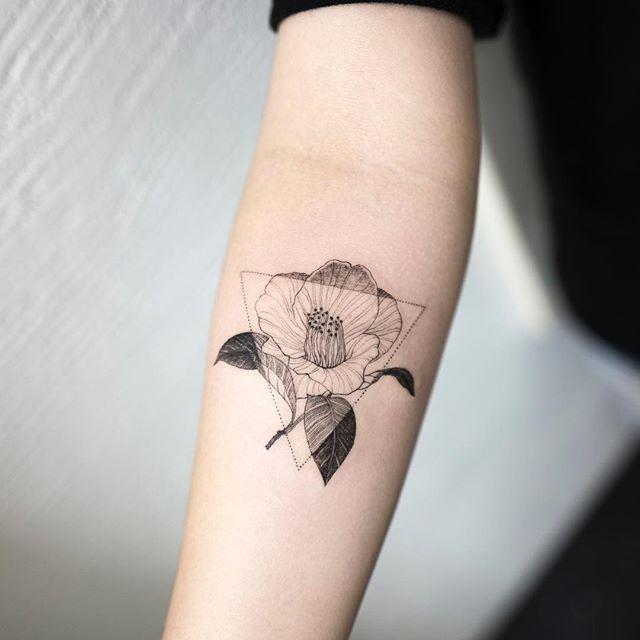 camellia flower  #camelliaflower #flowertattoo #triangletattoo #blacktattoo…