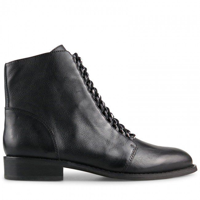 WITTNER Jordan Boot Black Leather Model No: 440670.0 Crafted from grunge matte black leather, these street smart lace up boots are serious modern style. With matching laces and tough luxe chain eyelet detail, Jordan is androgynous edge suitable for weekend or work wear. Leather Lining Leather Upper Padded Footbed Resin Sole