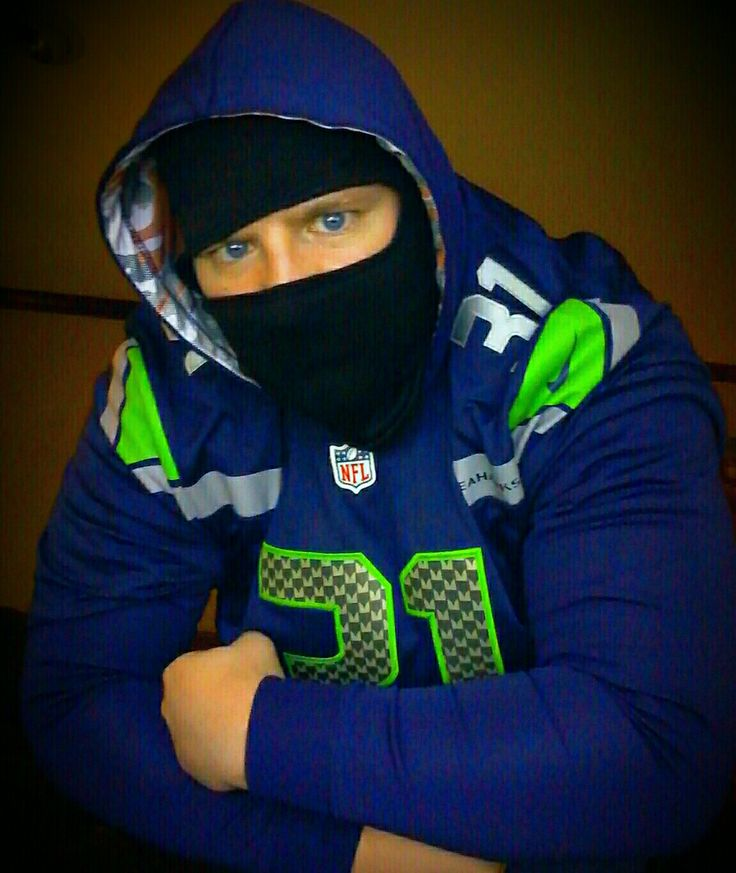 Instead of Kam dark visor, I settled for his and Sherman's mask in  New KiLLa Kam Jersey. I had my Wilson, Lynch, And even orange Bears Hester jersey watching the game tonight in 26_6 playoff beat down on Detroit.  Us athletes are always superstitious.  It works...   best SS in NFL #KamChancellor #LOB #Seahawks #12s
