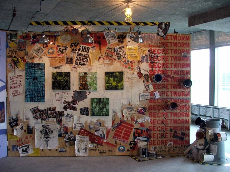 8 Sean Welker, Secret Worm wall: Photo