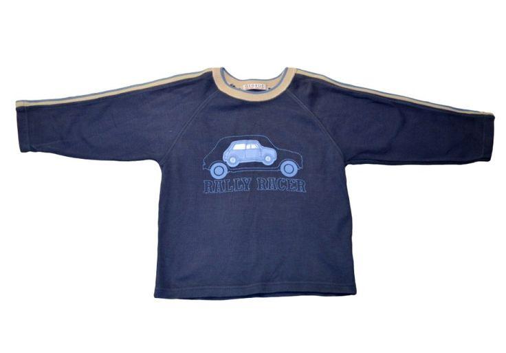 4 - 5 évesekre való autós pulóver.  http://www.ruhakpalotaja.hu/webshop/autos-pulover-p415.html