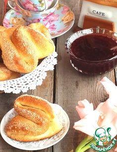 Сахарные булочки на сливках
