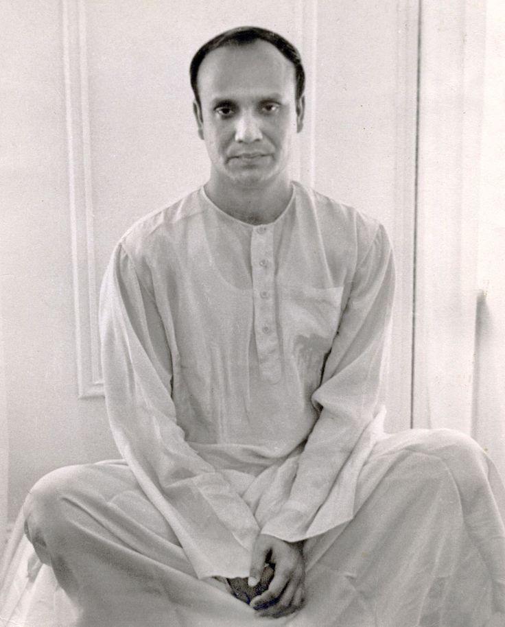 Sri Chinmoy Photos