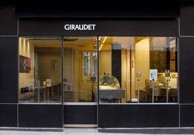 Giraudet ジロデ  クネル(魚のすり身を、何やかんやしたモノ)と、スープの店。