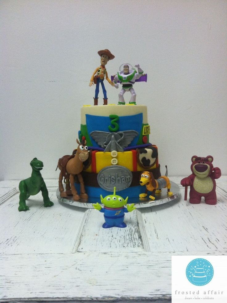 buzz lightyear cake  love toy story cakes