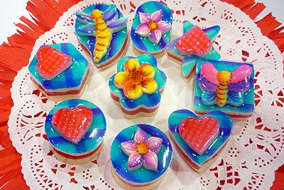 Fashion cakes, Cupcake recipes and Vanilla on Pinterest