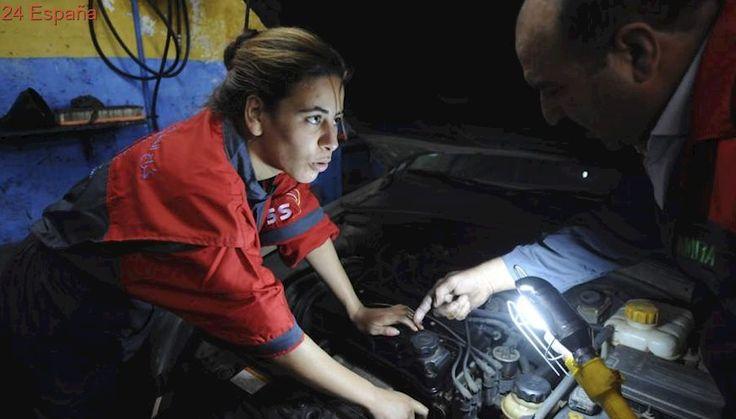El salario medio de mujeres españolas es un casi un 15% inferior al de los hombres