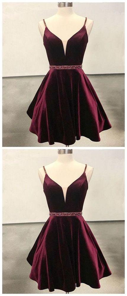 Kurzes Burgunder-Abendkleid aus Samt mit kurzem Samt, burgundfarbenes Kleid von RosyProm